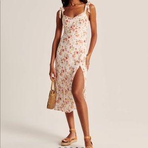 Abercrombie & Fitch Floral Midi Dress
